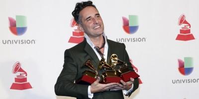 Jorge Drexler ganó la canción y grabación del año en los Latin Grammy