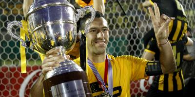 Nacional reclamará hoy los puntos del partido en el que Peñarol obtuvo el título de campeón
