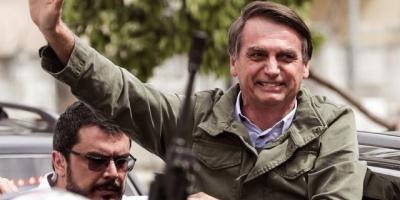 Bolsonaro anuncia al futuro titular de Salud y ya llega a diez ministros