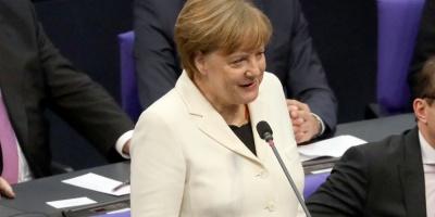 """Merkel carga contra el nacionalismo que cree que puede """"resolverlo todo solo"""""""