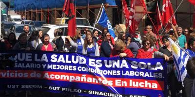 Trabajadores de servicios de acompañantes realizaron una movilización