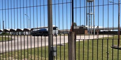La Tablada: Solo 4 camiones cargaron combustible para abastecer a 6 departamentos
