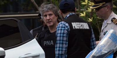 El ex vicepresidente argentino Amado Boudou quedará en libertad bajo fianza