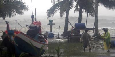 Pabuck pierde fuerza tras dejar 3 muertos y miles de evacuados en Tailandia