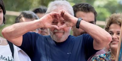 Defensa de Lula pide su absolución por falta de pruebas en caso de corrupción