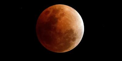 Un eclipse total de luna será visible desde todo Uruguay