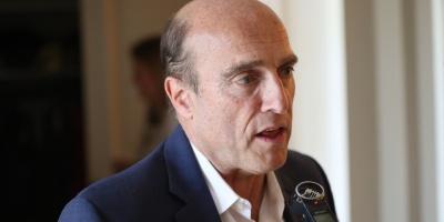 Martínez destacó la estabilidad económica del país en cena con empresarios