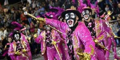 Más de 50 agrupaciones participarán del desfile inaugural de Carnaval