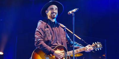 """Abel Pintos presentó su nuevo single """"Cien años"""""""
