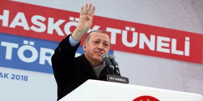 """Erdogan denuncia que hay un """"intento de golpe"""" en Venezuela"""