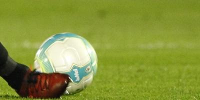 Racing mantiene su serie triunfal y sigue como único líder de la Superliga