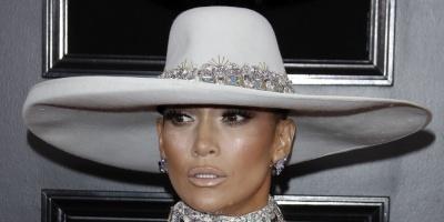 Jennifer López rinde tributo en los Grammy a los clásicos de Motown
