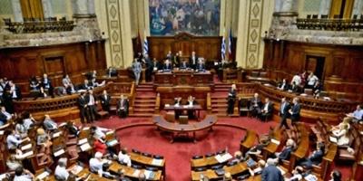 Astori defendió en el Parlamento el aumento de tarifas públicas decretado por el Poder Ejecutivo