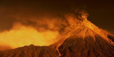Aumenta actividad del Volcán Planchón-Peteroa en el centro de Chile