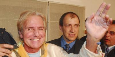 Se agravó el estado la salud del cantante Sergio Denis