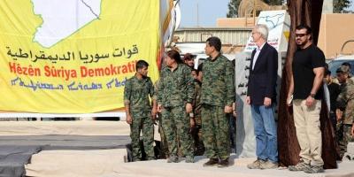 Celebran derrota del Estado Islámico con el fin del califato