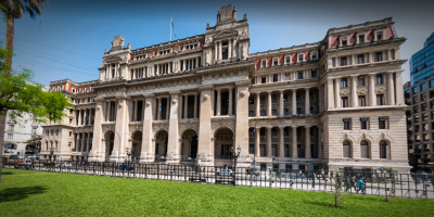 Jueza argentina cita a declarar de nuevo a exministro franquista Martín Villa