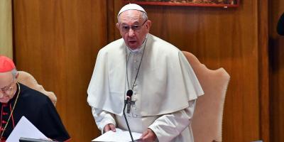 El papa refuerza las leyes contra el abuso de menores en el Vaticano