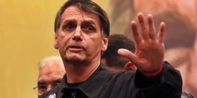 Organizaciones civiles le dicen a Bolsonaro que una dictadura no se celebra