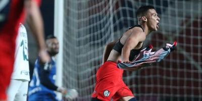 San Lorenzo le ganó a Palmeiras para quedar como líder del grupo F