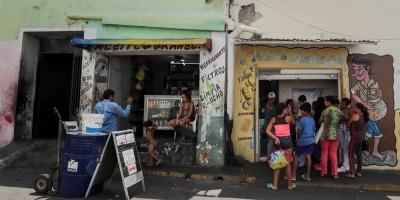 Curazao pide a Maduro que permita la entrada de ayuda humanitaria