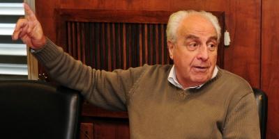 Rossi manifestó que no entiende las críticas a tren de UPM