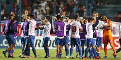 Nacional ganó y quedó a un paso de seguir en la Libertadores