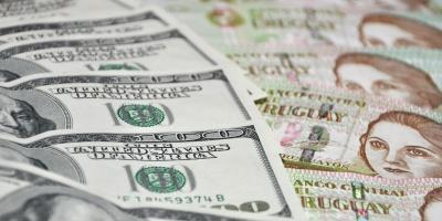 El dólar estadounidense se aprecia un 0,72 % ante el peso