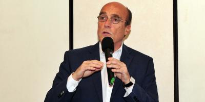 Obispo Galimberti cuestionó a Martínez por críticas a documento emitido por la Iglesia
