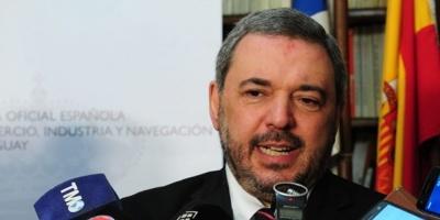 Precandidato Bergara defendió la obligatoriedad de utilizar medios electrónicos para trámites públicos