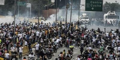 """Rector electoral plantea comicios """"libres"""" como solución a crisis venezolana"""