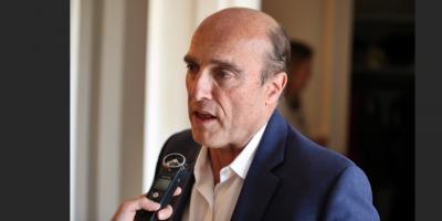 Precandidato del FA Daniel Martínez defendió la carga tributaria actual