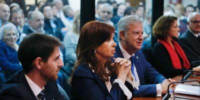 Autorizan a Cristina Fernández a no concurrir a próximas sesiones del juicio