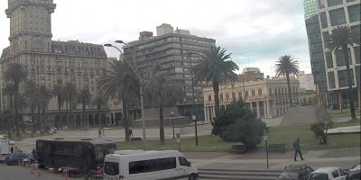 Rodaje afectó circulación en Plaza Independencia