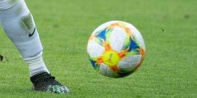 Palmeiras se aferra al liderato y el Santos es su nuevo escudero