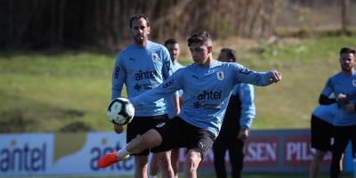 Uruguay se entrena y afina el equipo