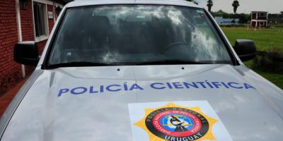 La policía de San José procura identificar a una mujer cuyo cadáver fue encontrado en la capital departamental