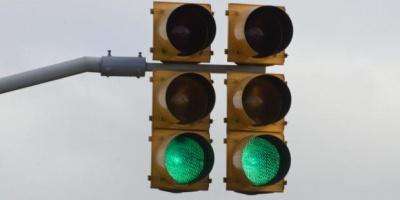 Cuestionan a la Intendencia de Montevideo por falta de criterio en la instalación de semáforos