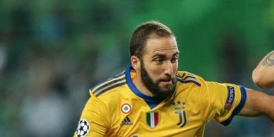 Higuaín se suma a la gira del Juventus, aunque pierde el número 9