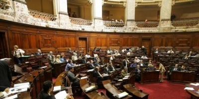 Ley de Medios y Ley Org�nica Policial fueron aprobadas en Diputados con votos del oficialismo