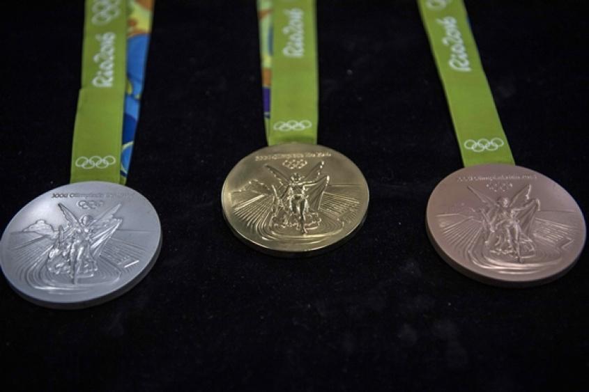 Hoang Xuan Vinh logra el primer oro olímpico para Vietnam
