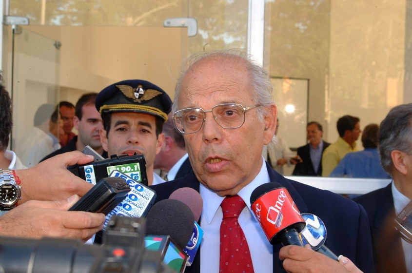 Ex presidente uruguayo se cayó y está gravísimo