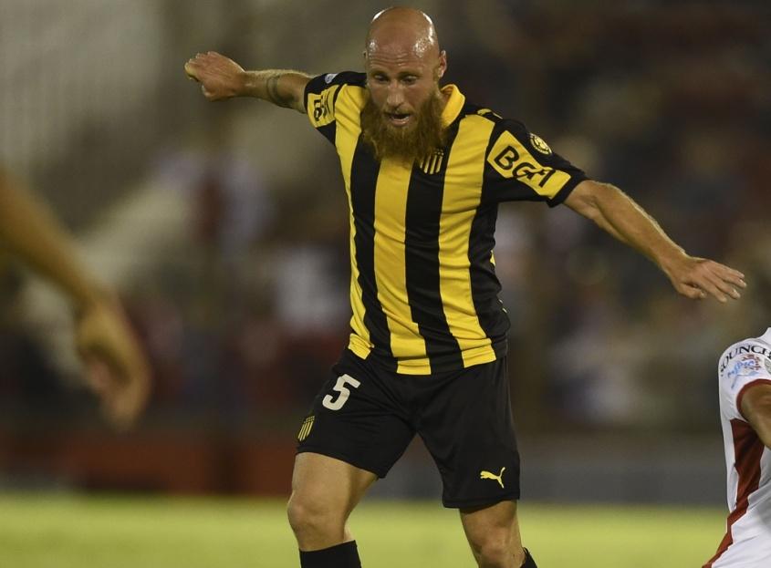 Atlético Tucumán cerca de amargar a Peñarol — Libertadores