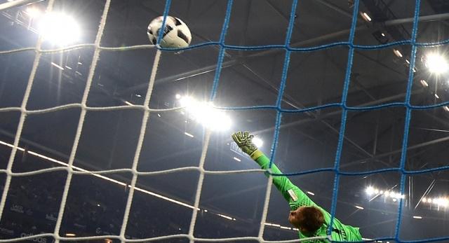Minuto de silencio a jugador que estaba en la cancha — Copa Libertadores