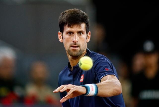 Nishikori mantiene dominio sobre Ferrer
