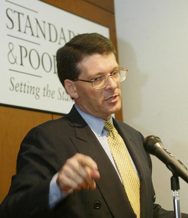 S&P: perspectiva de deuda es