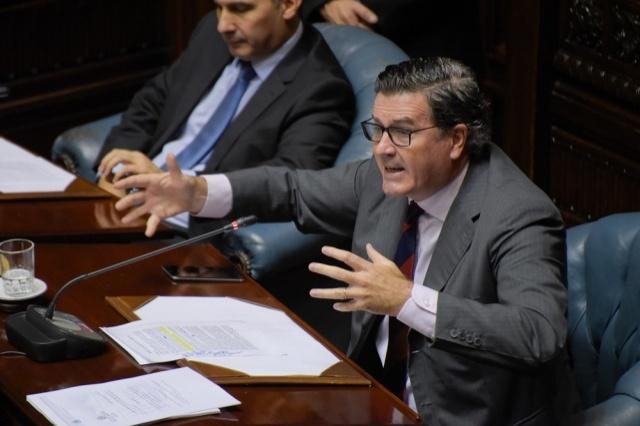 Senado aprobó derogar delito de abuso de funciones