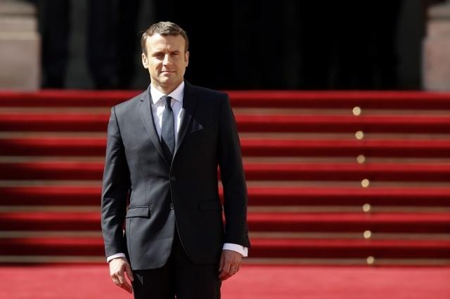 Cae en 10% el nivel de confianza del presidente francés