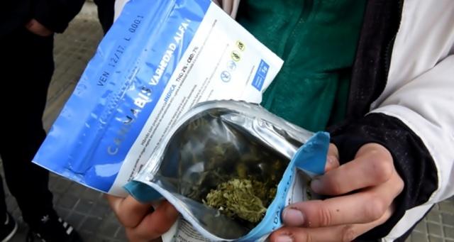 50% contra la venta de marihuana en farmacias