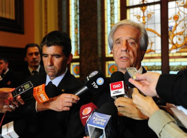 Tabaré Vázquez advierte que no puede echar a su Vice